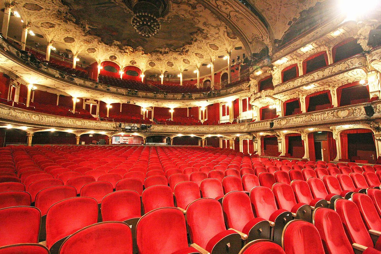 raimund theater saalplan