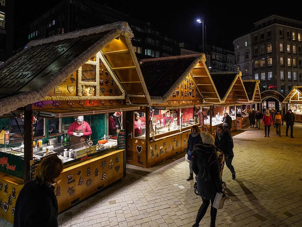 Bilder Weihnachtsmarkt.Weihnachtsmarkt Hamburg Gänsemarkt Hamburg De