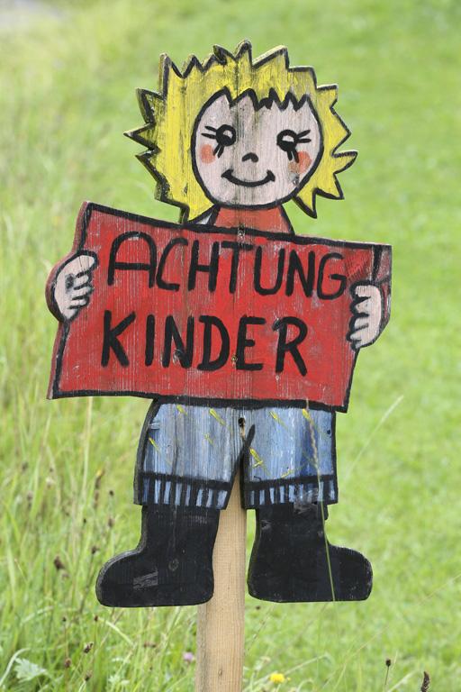 Rücksicht auf Kinder / Polizei Hamburg