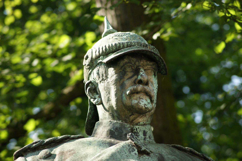 Bismarck-Standbild - hamburg.de