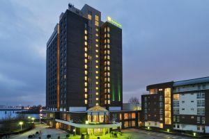 silvester hamburg hotel. Black Bedroom Furniture Sets. Home Design Ideas