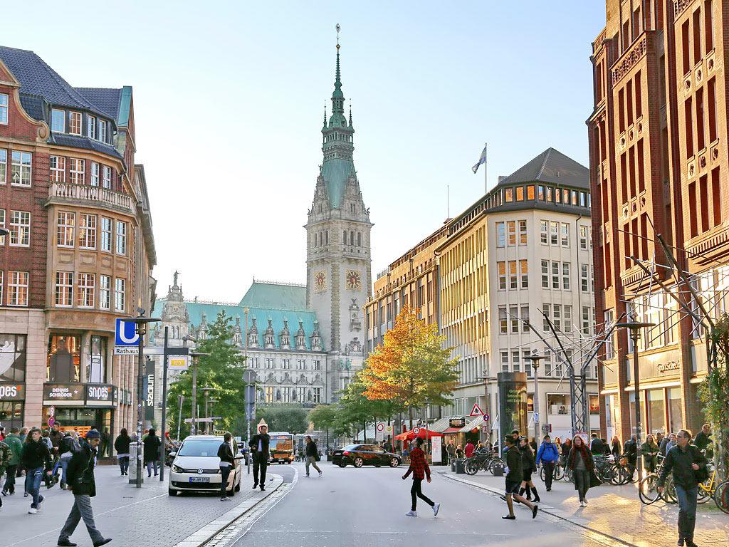 Hifi Hamburg Mönckebergstraße shopping in der hamburger innenstadt hamburg de