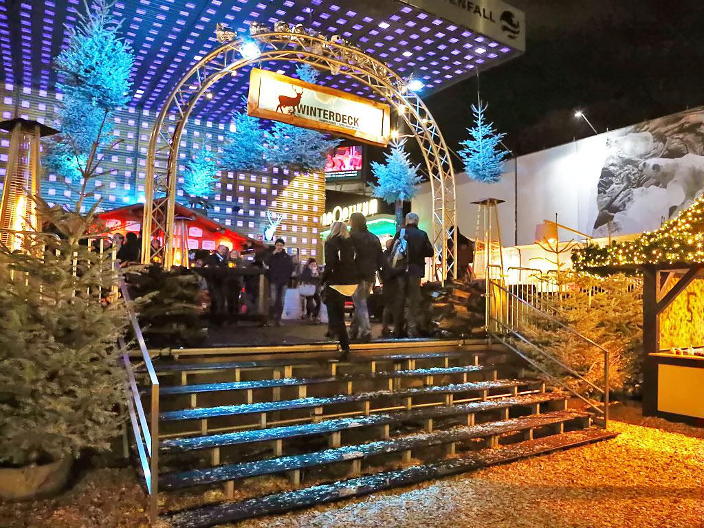 St Pauli Weihnachtsmarkt öffnungszeiten.Winterdeck Auf Dem Spielbudenplatz Reeperbahn Hamburg De