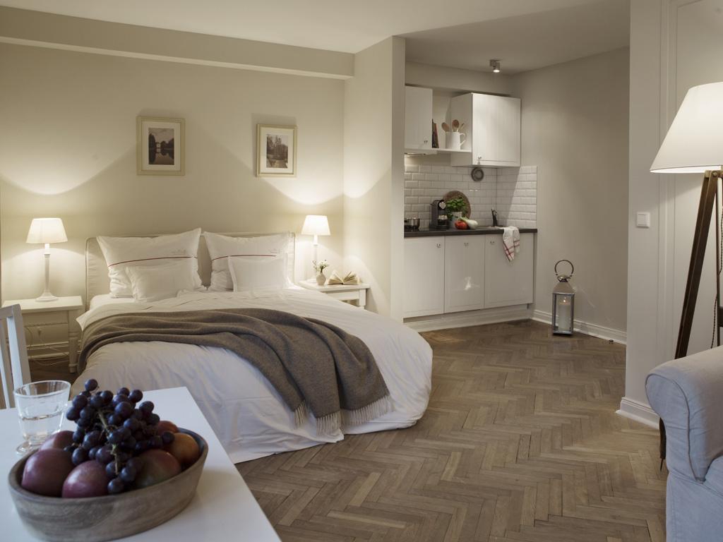 Stadtvilla landhausstil  Von Deska Townhouses: Ivy House Apartments - hamburg.de