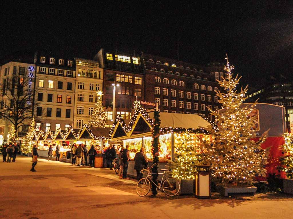 Hamburger Weihnachtsmarkt.Weihnachtsmarkt Hamburg Gänsemarkt Hamburg De