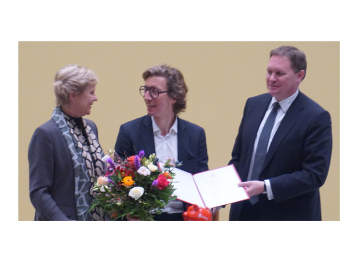 Stefan kern mit edwin scharff preis 2015 der stadt hamburg ...