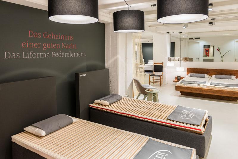 bettundraum h sler nest store im stilwerk hamburg betten. Black Bedroom Furniture Sets. Home Design Ideas