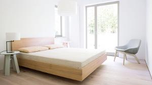 Hüsler Nest Store - Bett Simple Hi