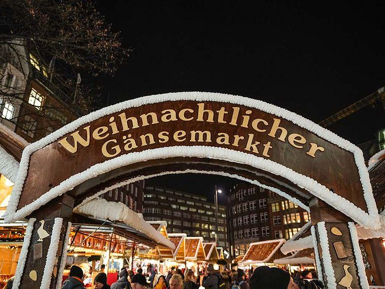 Hamburg Weihnachtsmarkt 2019.Weihnachtsmarkt Hamburg Gansemarkt Hamburg De