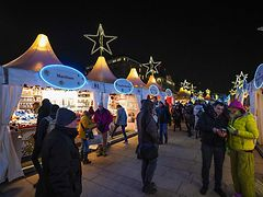 Jungfernstieg Weihnachtsmarkt.Weihnachtsmarkt Jungfernstieg Hamburg De