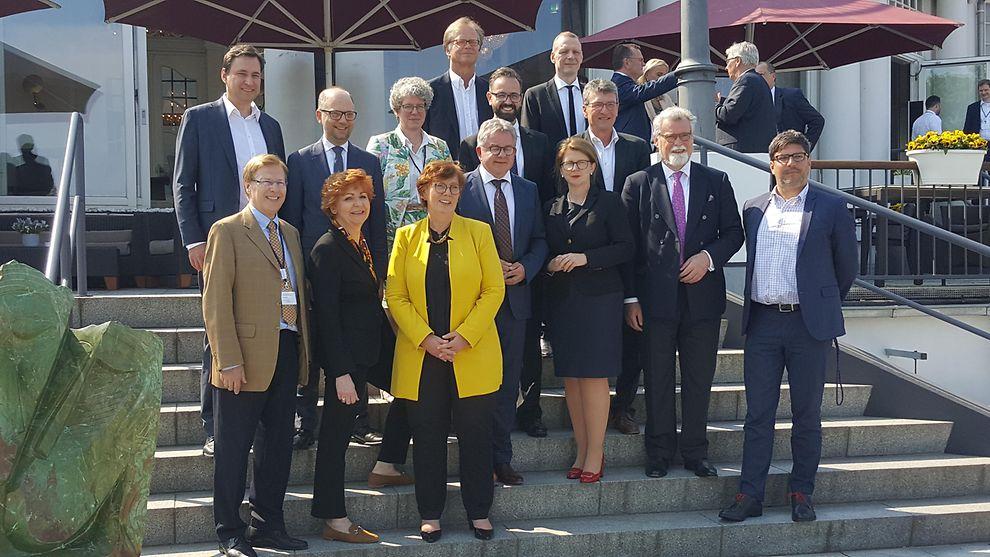 Bildergebnis für Justizminister der Bundesländer 90. Konferenz im Juni 2019