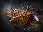 Steakhouse Hamburg / Kesu - Fotolia.com