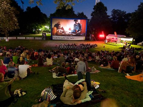 Open Air Kino / Outdoor Cine GmbH - Open Air Kino im Schanzenpark