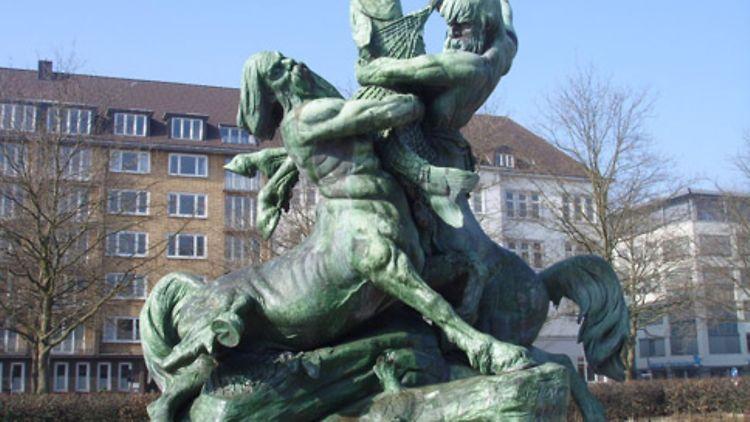 Brunnen Hamburg.Stuhlmann Brunnen Hamburg De