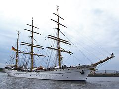 Gorch Fock zu Gast in Hamburg
