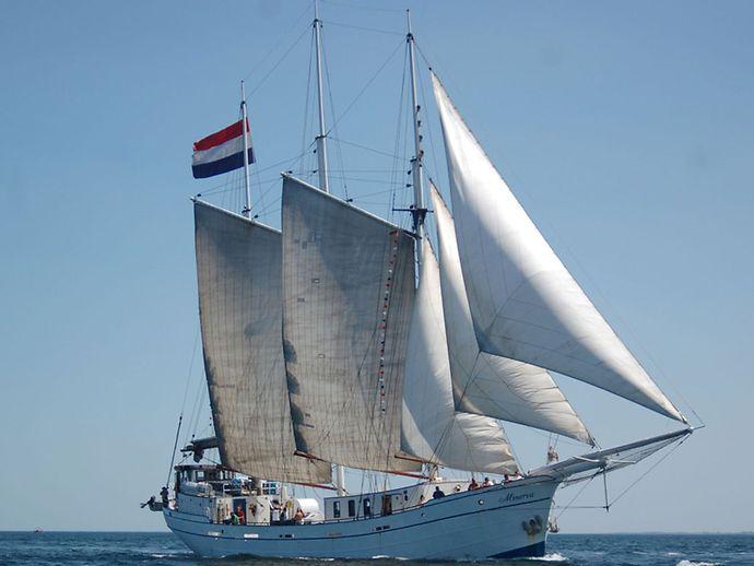 schiffe buchen holland