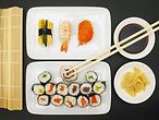 Bilder: Sushi Hamburg / imago stock & people
