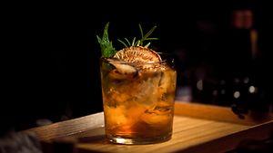 Bilder: Cocktailbars / Aydin Aksakal / pexels.com