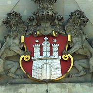 Das Hamburger Stadtwappen am Rathaus / Andres Lehmann