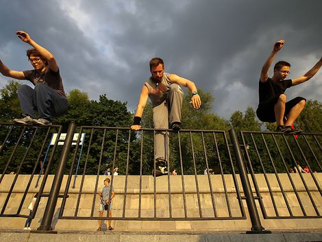 Parkour / imago stock & people