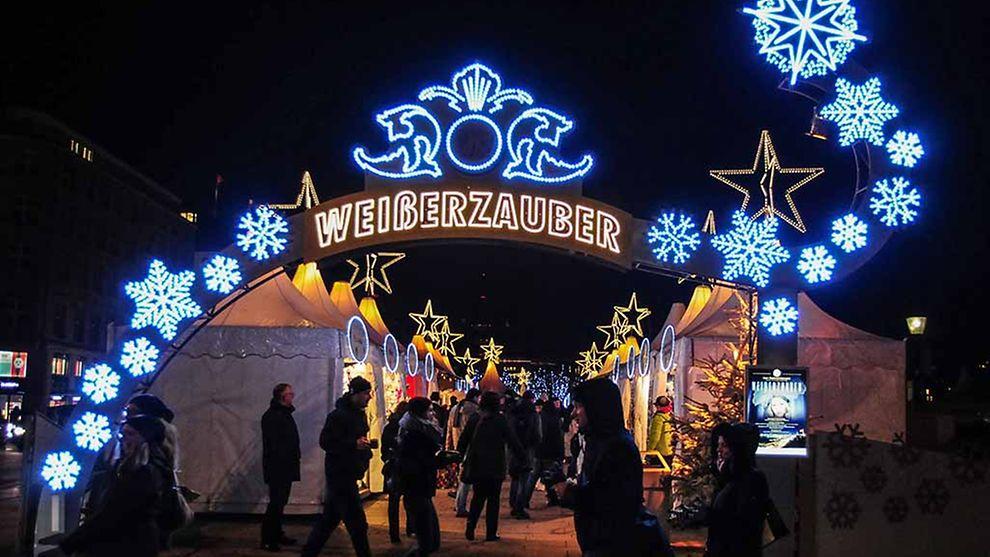 Jungfernstieg Weihnachtsmarkt.Weihnachtsmarkt Hamburg Hamburg De