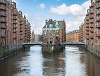 Speicherstadt in Hamburg / imago stock & people